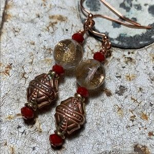 💄Lipstick red crystal/faceted rd vintage charm.